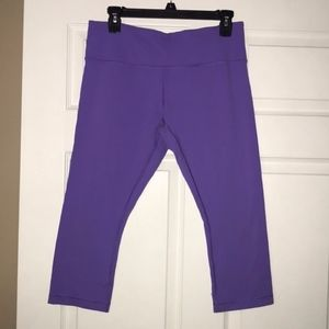 Purple Lululemon Athletica Cropped Leggings Sz 10